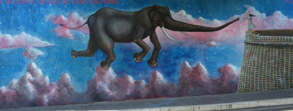 larte-e-un-elefante-che-vola-nei-sogni-di-una-bambina